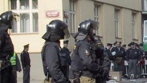 Policisté jsou na příval ostravských fanoušků připraveni