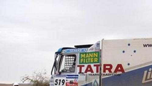 Tatra Tomáše Tomečka krátce po překročení hranic Mauritánie.
