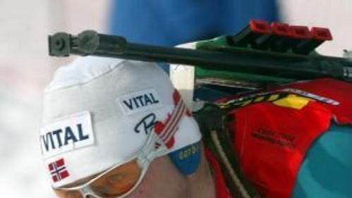 Norský biatlonista Halvart Hanevold.