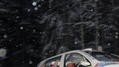 Jan Kopecký s Filipem Schovánkem na trati Švédské rallye.