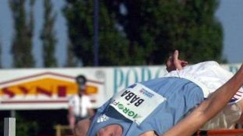 Jaroslav Bába vyhrál výkonem 227 cm soutěž výškařů doprovázející Zlatou tretru.