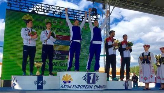 Ondřej Polívka a Martin Bilko na stupních vítězů.