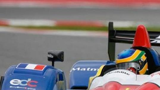 Závodník Bruno Senna při závodu Le Mans