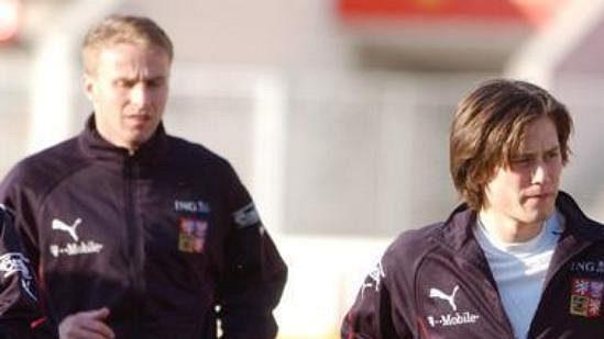 René Bolf, Tomáš Rosický a Jiří Jarošík při tréninku na kvalifikační zápas s Nizozemskem.
