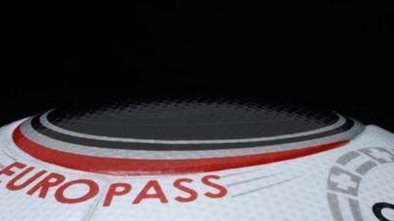Europass, oficiální míč pro EURO 2008.