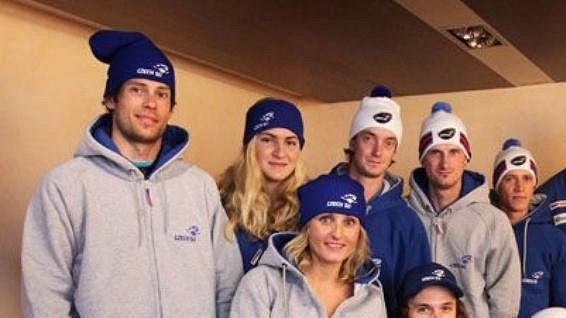 Czech ski team. Čeští lyžaři a snowboardisté představili novou kolekci svého fanshopu.