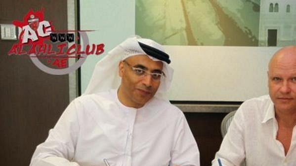 Ivan Hašek podepsal s klubem Al Ahlí smlouvu tři měsíce před tím, než na funkci předsedy českého foltbalu rezignoval.