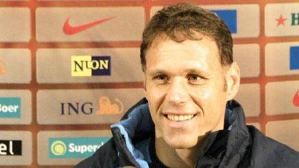 Trenér Marco Van Basten po letošním ME u fotbalistů Nizozemska skončí.