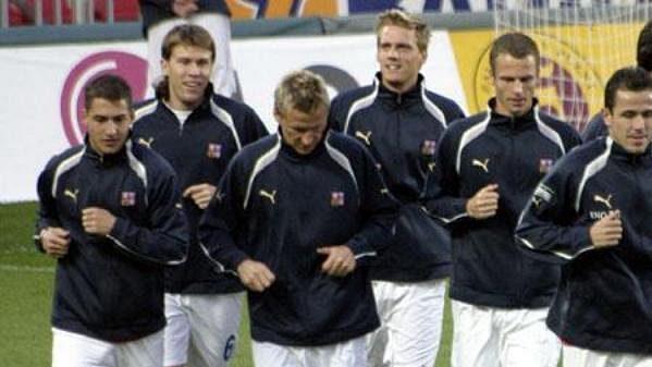 Čeští fotbalisté během tréninku
