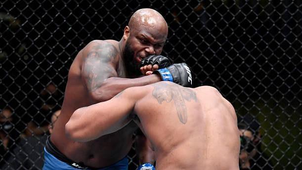 Derrick Lewis (vlevo) se utká v srpnu o titul prozatimního šampiona těžké váhy UFC s Cirylem Ganem.