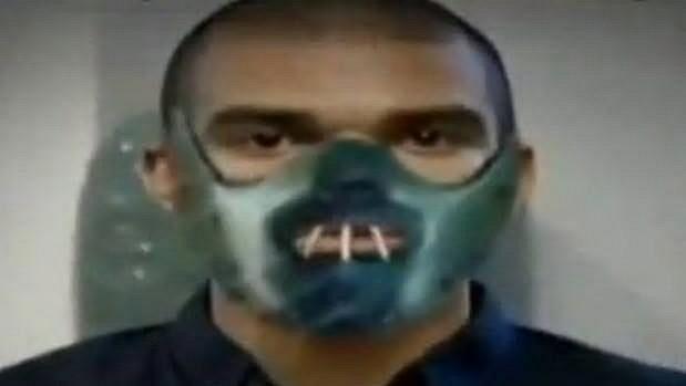 Pepe jako Hannibal Lecter z Mlčení jehňátek.