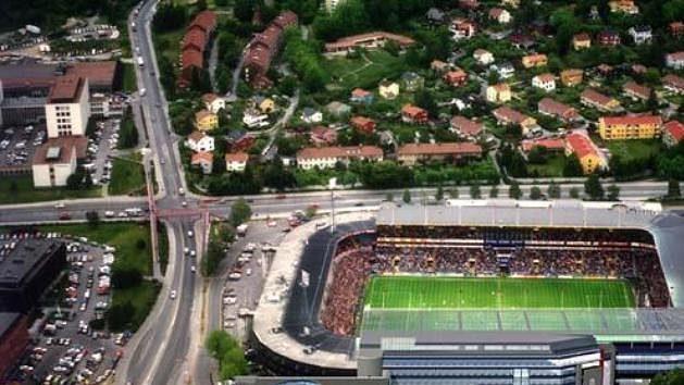 Norský národní fotbalový stadion Ullevaal vOslu.