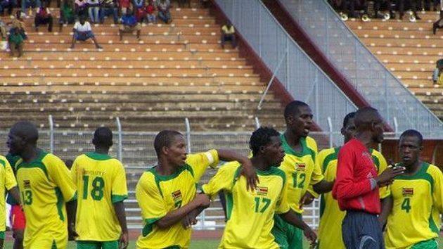 Do úplatkářské aféry je zapletena polovina hráčů současné reprezentace Zimbabwe.