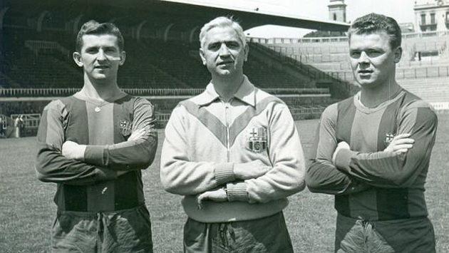 Zleva Jiří Hanke, Ferdinand Daučík a Ladislav Kubala v barvách Barcelony.