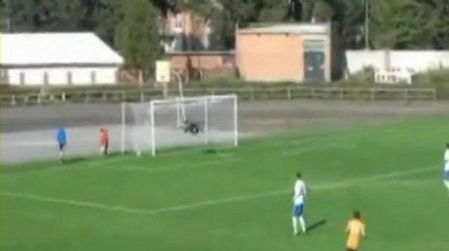 Bleskový gól Michaila Osinova.