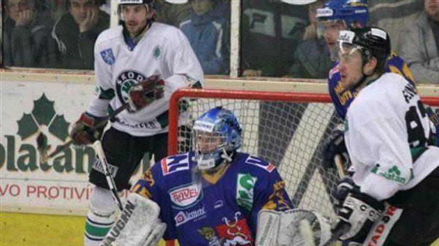 Hokejisté Ústí vedou první ligu osedm bodů.