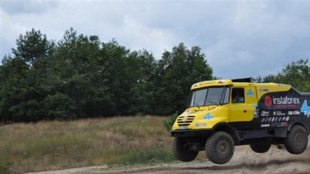 Aleš Loprais a jeho závodní kamión Tatra.