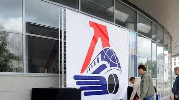 Fanoušci se loučí s hokejisty v Jaroslavli po letecké katastrofě