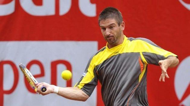 Tenista Jan Hájek si finále v Bastadu nezahraje