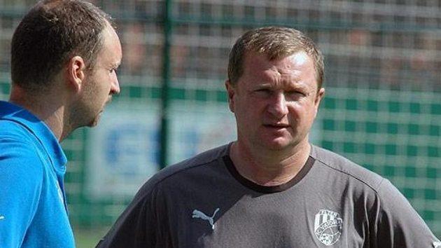 Trenér Pavel Vrba začal plzeňským fotbalistům ordinovat první přípravné dávky.