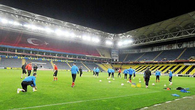 Stadión Fenerbahce Istanbul, po kterém se proháněli plzeňští fotbalisté.