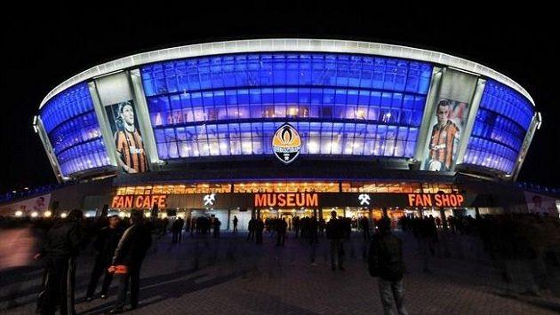 Fotbalový stadión v Doněcku