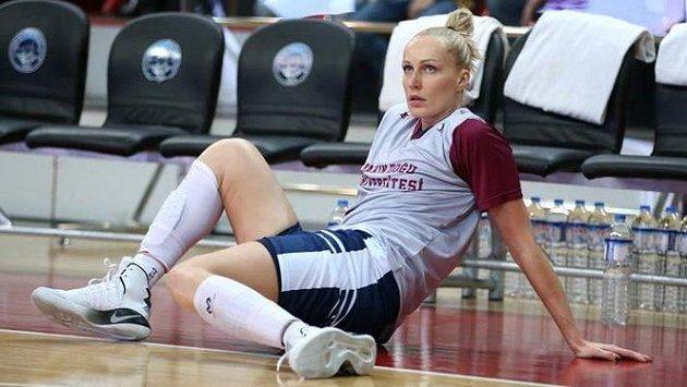 Běloruská basketbalistka Jelena Levčenková.