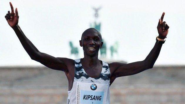 Bývalý rekordman v maratonu Wilson Kipsang z Keni dostal za porušení antidopingových pravidel čtyřletý zákaz startů.
