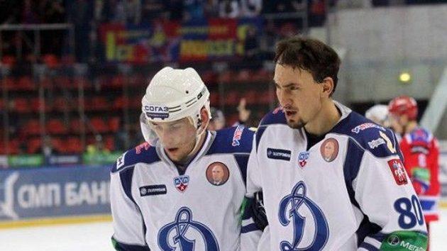 Slovák Miroslav Šatan (vpravo) ještě v dresu moskevského Dynama.