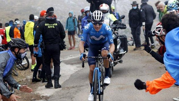Kolumbijský cyklista Miguel Angel Lopez Moreno během letošního ročníku Vuelty.