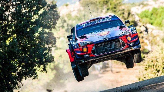 Španěl Dani Sordo obhájil triumf v Italské rallye.