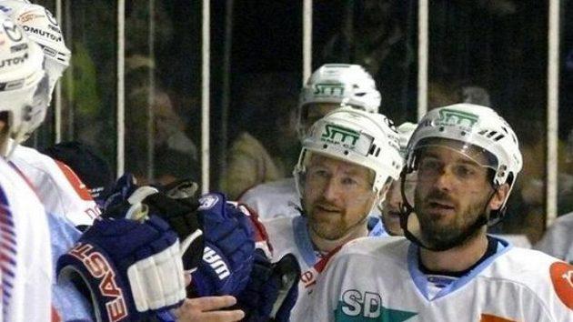 Radost hokejistů Chomutova - ilustrační foto
