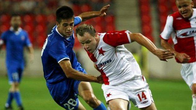 Stefan Savič (vlevo) bude hrát za Manchester City.