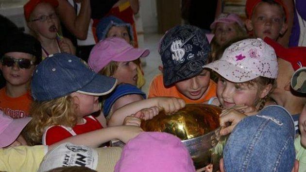 Návštěva hokejových mistrů světa znamenala pro Troubky velkou událost.