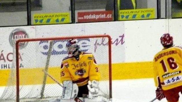 Hokejisté Jihlavy se rozloučili s Tipsport Cupem semifinálovým debaklem se Zlínem - ilustrační foto.