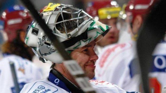 Brankář hokejové Sparty Petr Přikryl