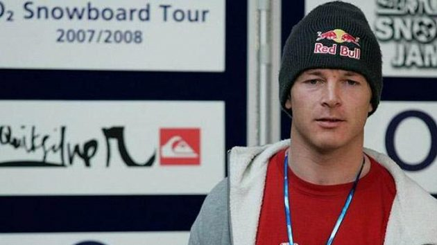 Český snowboardista Martin Černík