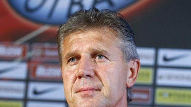 Trenér Sparty Jozef Chovanec na tiskové konferenci