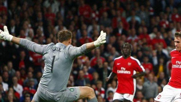 Wenger je se svým Arsenalem spokojen, nové hráče nechce.