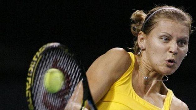 Lucie Šafářová během zápasu proti Bělorusce Azarenkové v Tokiu