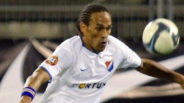 Fotbalista Ostravy Fernando Neves