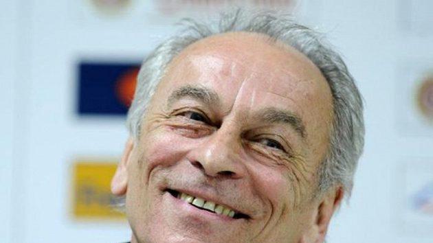 Staronový trenér fotbalové Slavie František Cipro
