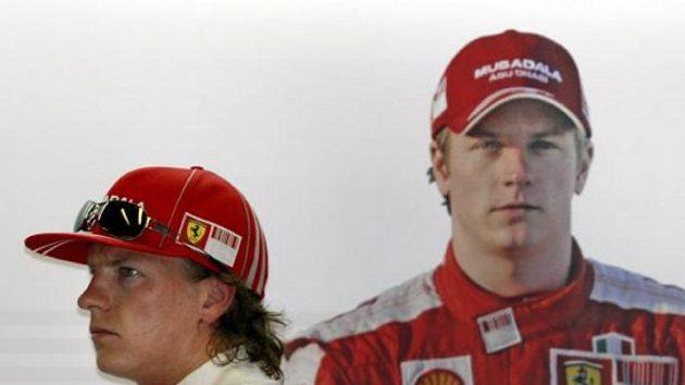 Kimi Räikkönen je na rozcestí. Zůstane ve formuli 1, nebo si vybere rallye?