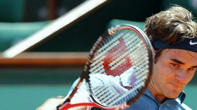 Roger Federer hladce postoupil na French Open do 2. kola.