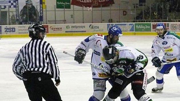 Hokejisté Komety Brno v souboji s Mladou Boleslaví