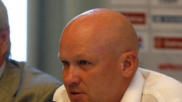 Trenér Ivan Hašek na tiskové konferenci
