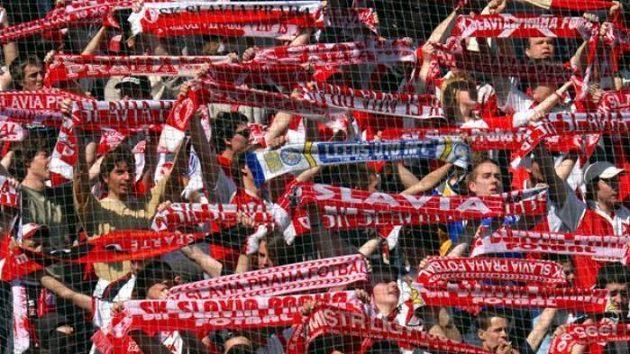 Fanoušci fotbalové Slavie Praha - Ilustrační foto