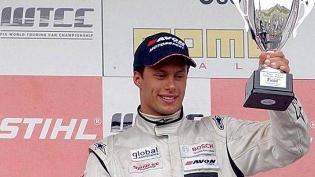 Filip Salaquarda se dostal ve formuli Renault podruhé na podium.