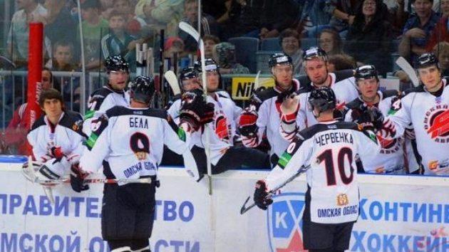Hokejisté Omsku slaví další vítězství.
