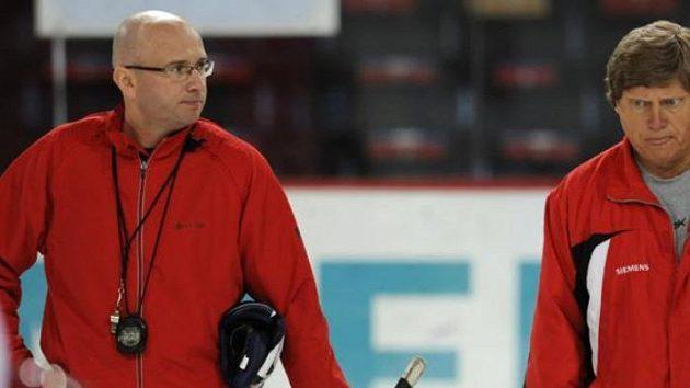 Trenéři Pavel Hynek a František Výborný (vpravo)